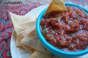 One Minute Salsa and Healthy Baked Chips