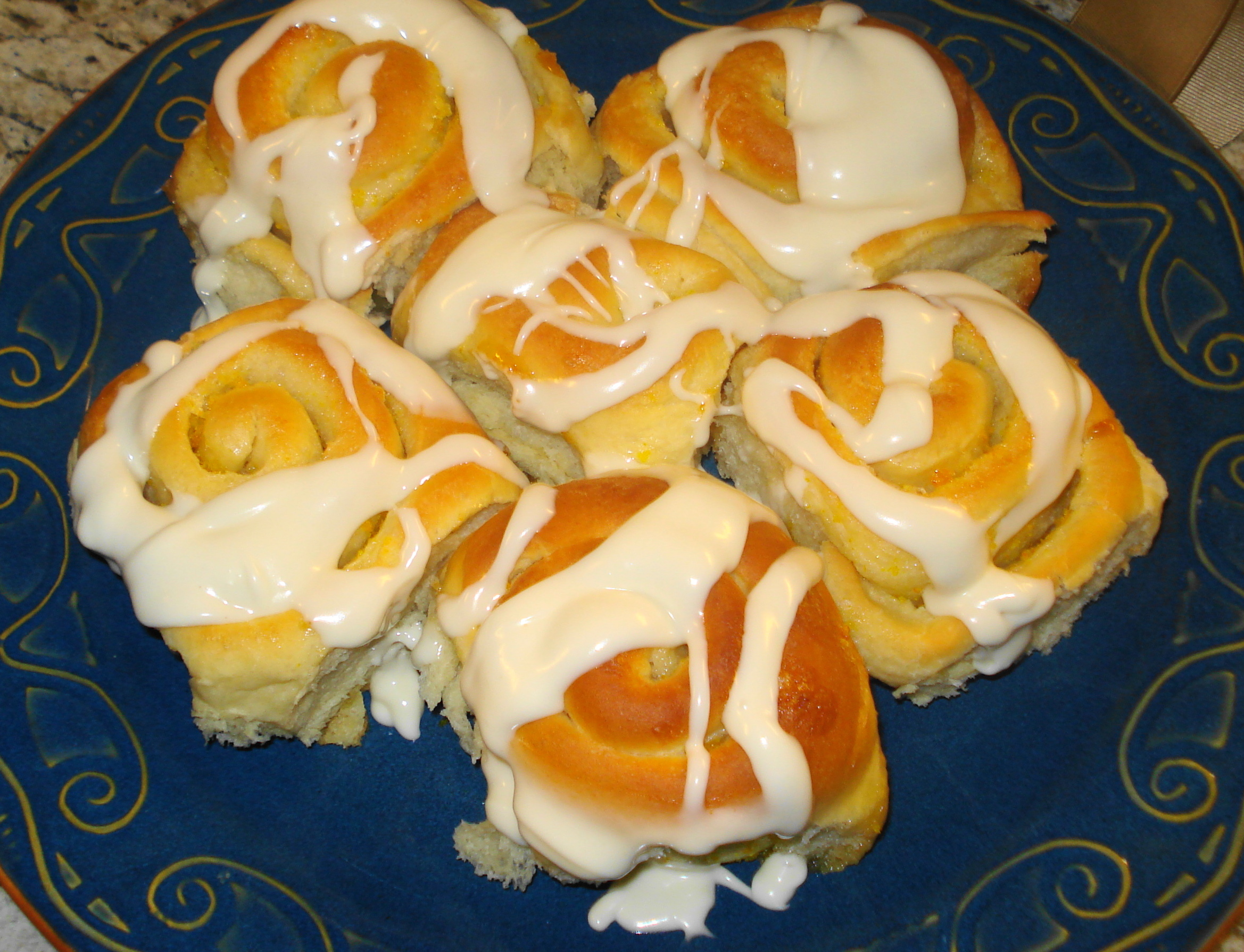 Lehi Orange Rolls with Cream Cheese Icing | The Sisters Cafe