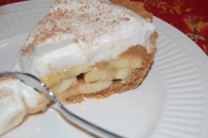 Banoffee Pie {Caramel Banana Cream Pie}
