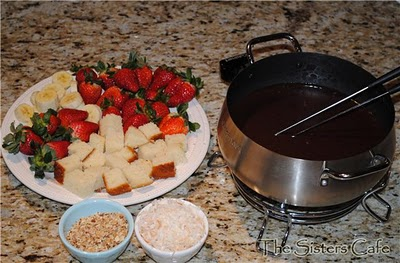 Caramel Fondue and a Fondue Party for New Year's Eve!