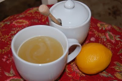 Moms Soothing Lemon Honey Drink for Sore Throats