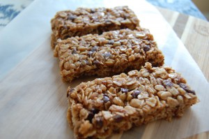 Peanut Butter and Chocolate Granola Bars (like Quaker Chewy granola bars)