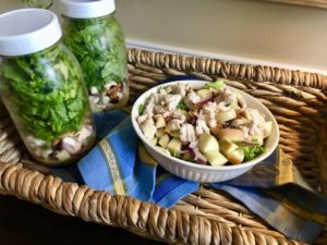 Mason Jar Salads: Chicken Apple Harvest Salad